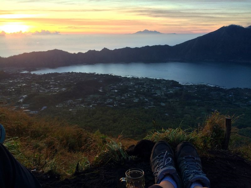 under30experiences-travel-blog-for-millennials-how-i-got-over-the-stigma-of-traveling-solo-mt-batur