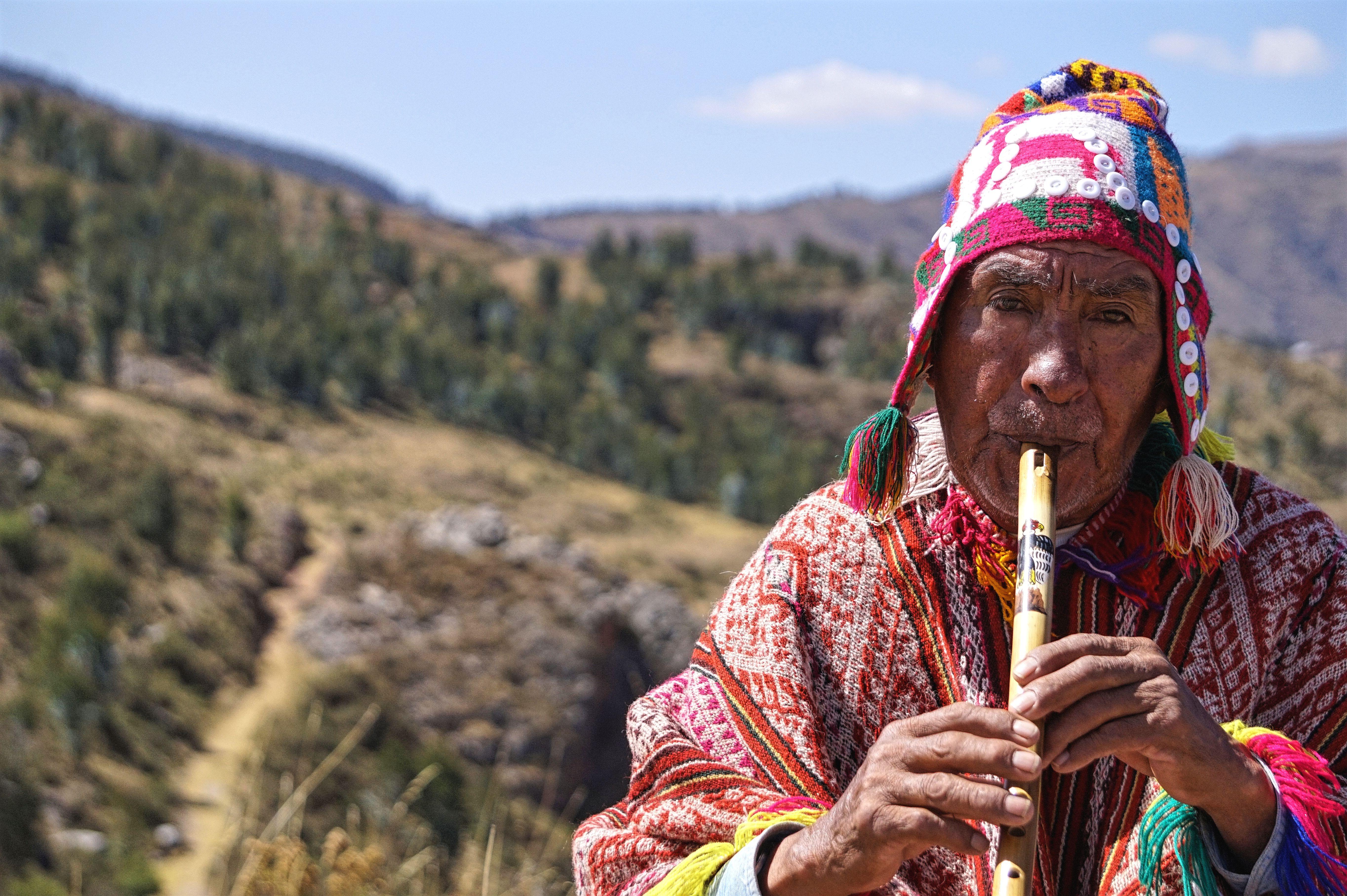 under30experiences-travel-peru-culture-man
