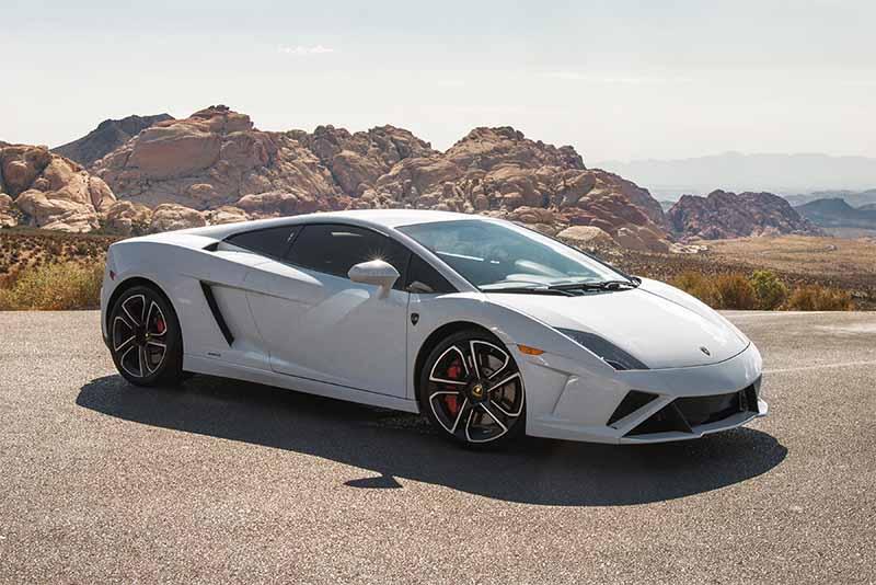 2014 Lamborghini Gallardo (White)