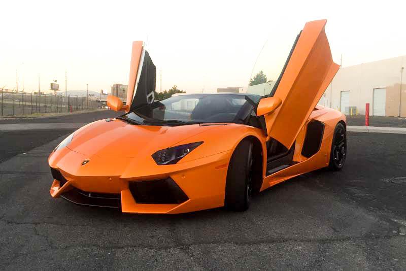 2015 Lamborghini Aventador Convertible (Orange)
