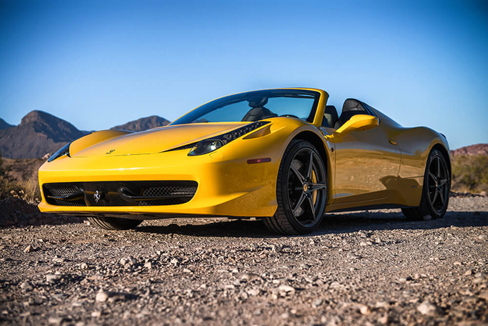 2015 Ferrari 458 Italia Convertible (Yellow)