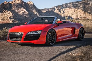 2012 Audi R8 V10 Convertible (Red)