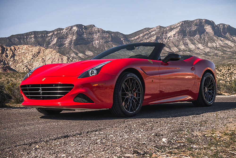 2016 Ferrari California T Convertible (Red)