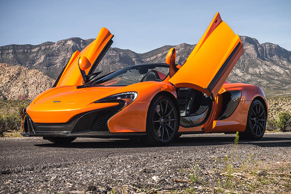 2016 McLaren 650S Convertible (Orange)