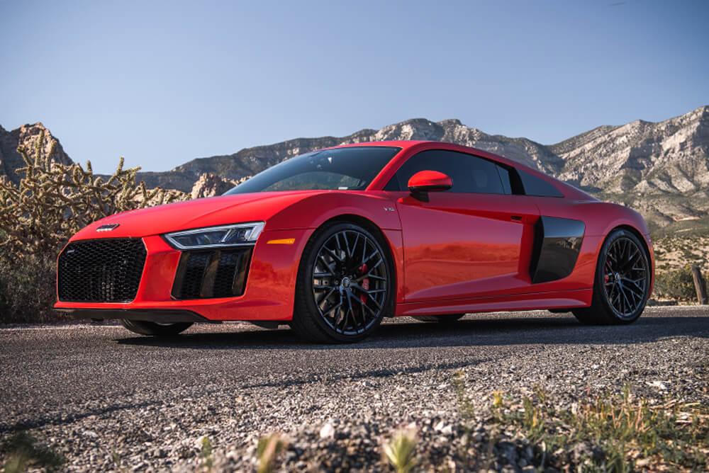 2017 Audi R8 V10 (Red)