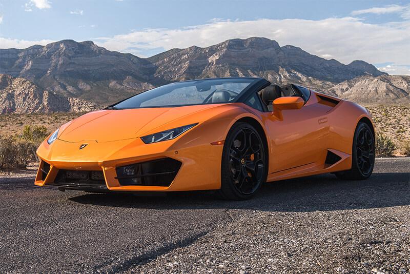 2017 Lamborghini Huracán Convertible (Orange)