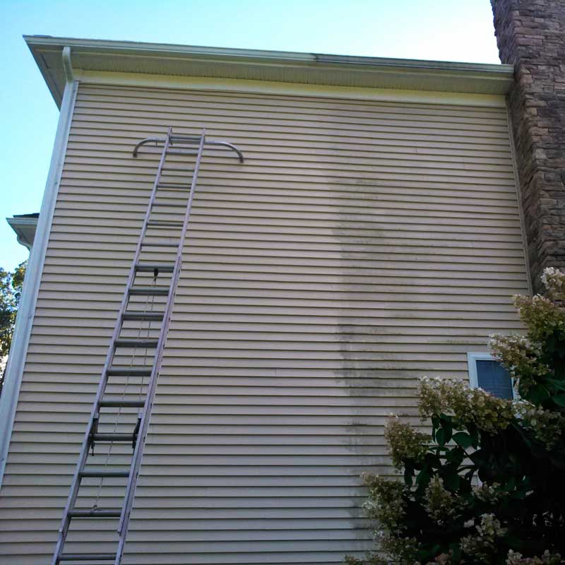 Professional power washing in Methuen MA