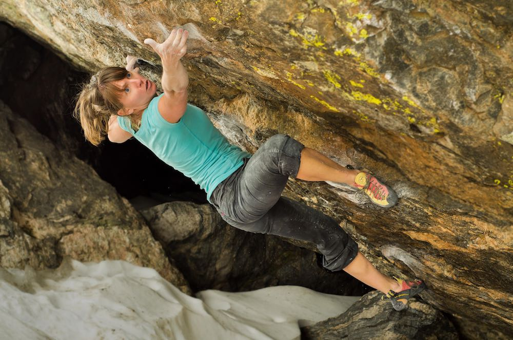 Melissa Strong, Climbing, rock climbing, bouldering, rmnp, colorado, athlete, climber, chalk, cliimbing chalk
