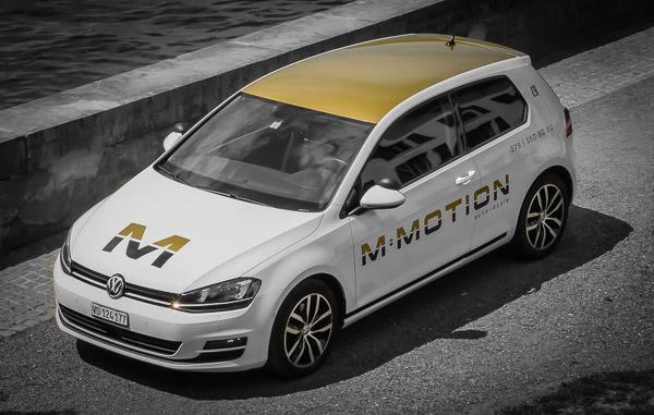 Véhicule de M-MOTION Auto-Ecole