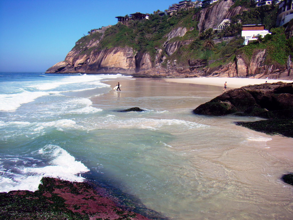 The beautiful Joá beach in Joatinga - Photo: Rodrigo Soldon