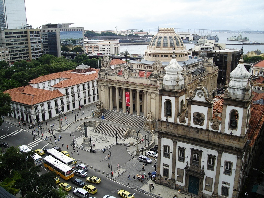 Historical Rio Downtown: Paço Imperial, Assembleia Legislativa and São José Church.