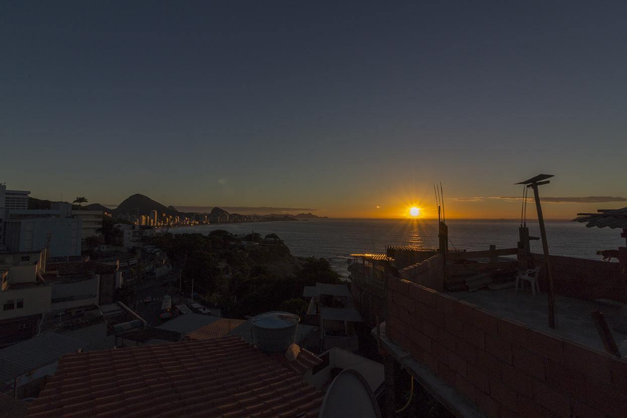 favela experience sunrise ipanema beach vidigal rio de janeiro