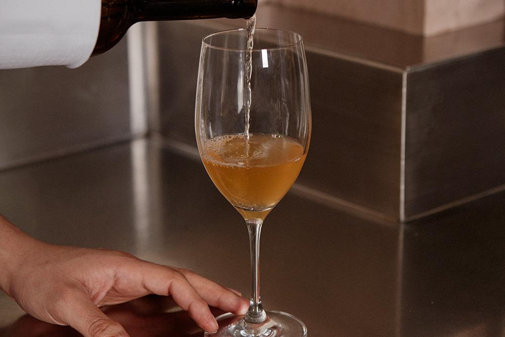 A drink at 7pm: Marcello Di Capua's Vitovska by Marko Fon