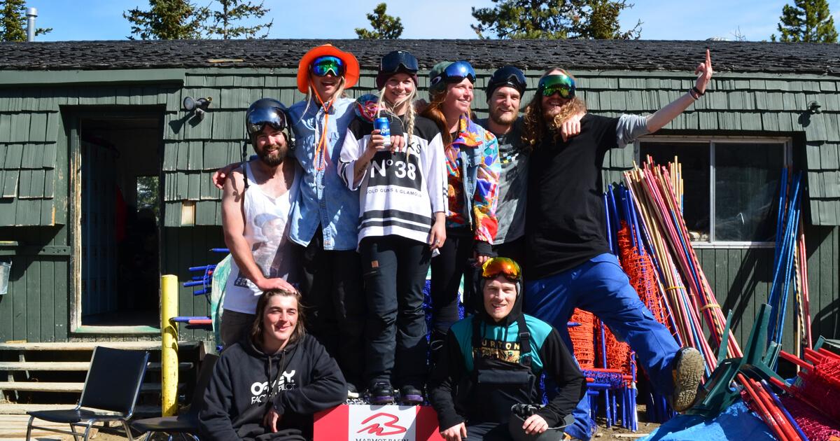 Snowboard Instructor Crew