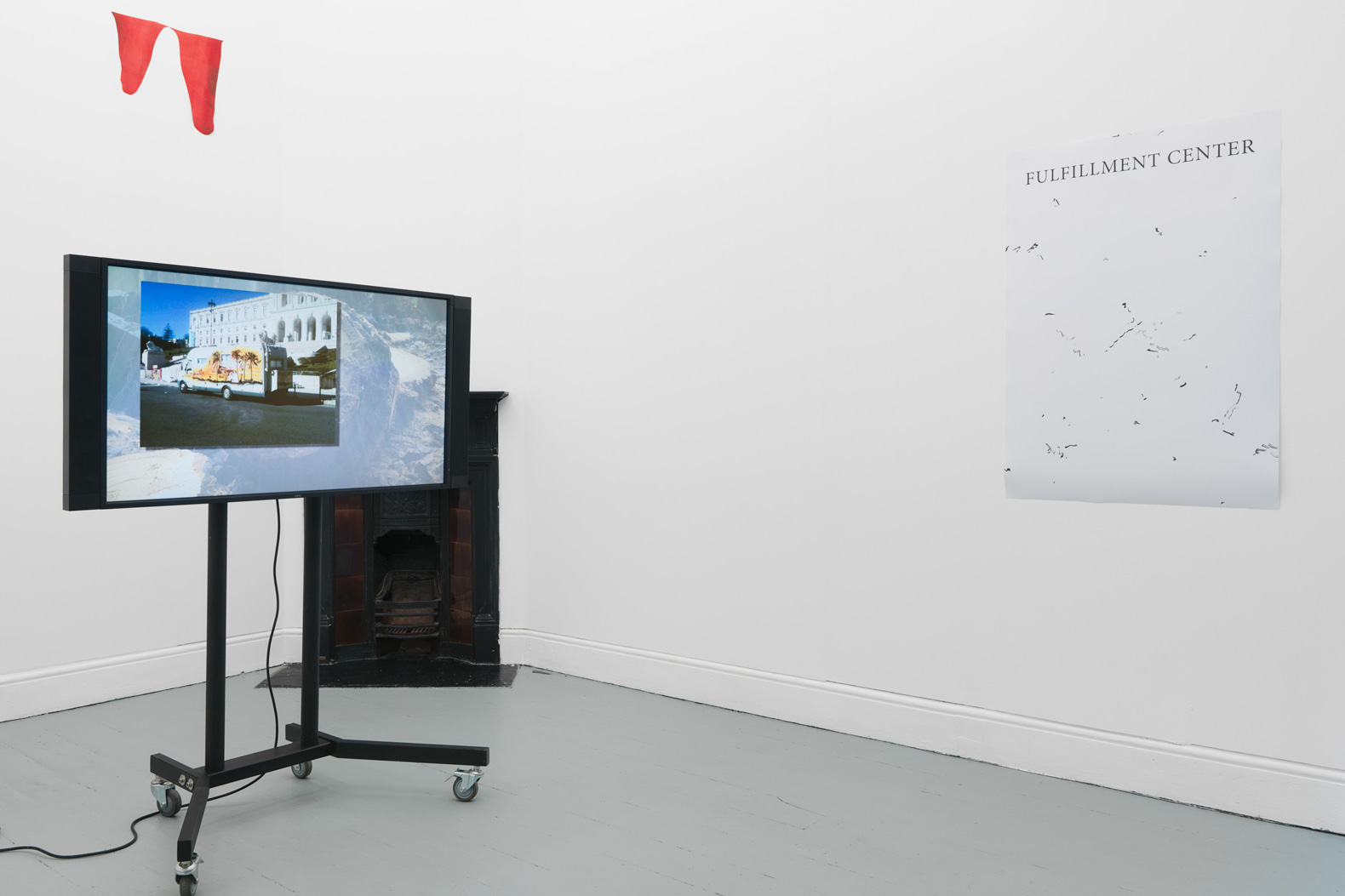 Installation view, Pedro Barateiro, Tenderpixel.