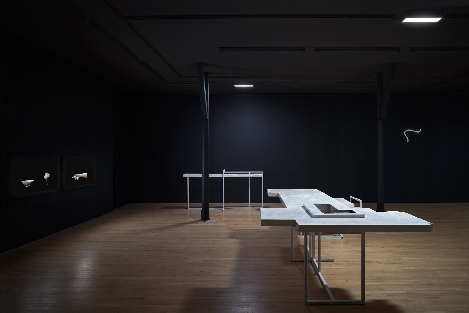 Andrea Zucchini in collaboration with Sam Smith, installation view of exhibition ¬⊙×, 2016 at Assembly Point, London.