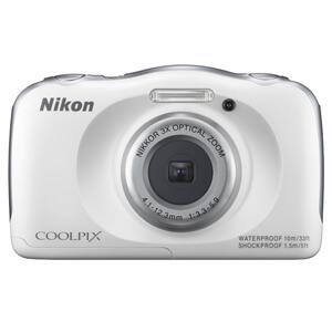 Cheap underwater camera - Waterproof Nikon Coolpix