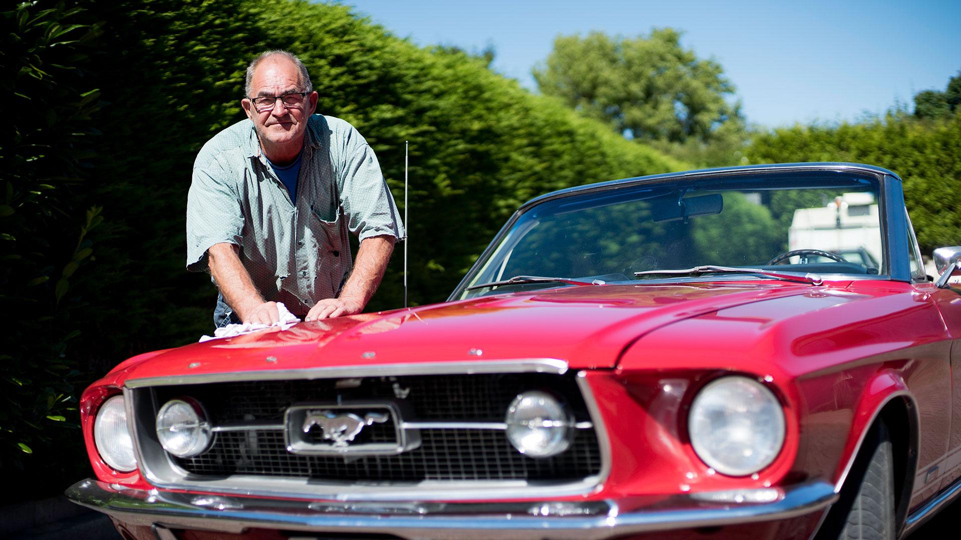 Arie Spaansen blijft bij rode autos met veel paardekrachten