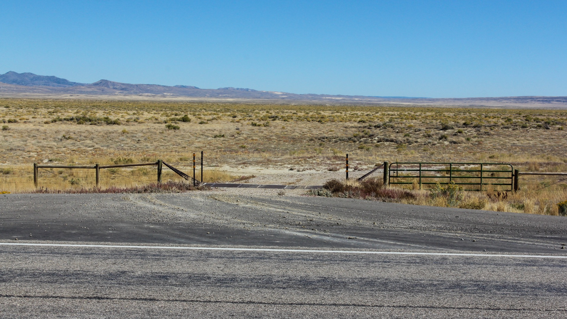 Entrance to the property off of Highway 287