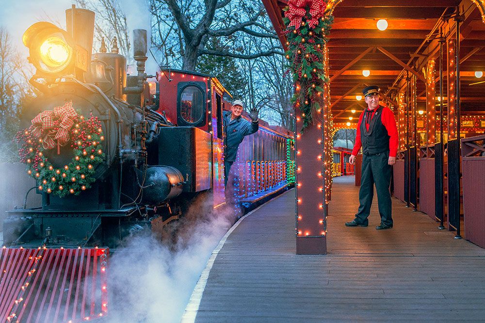the answer is a resounding yes silver dollar city officially opens at 4pm on thanksgiving day but the holiday harvest buffet on the - Silver Dollar City Christmas