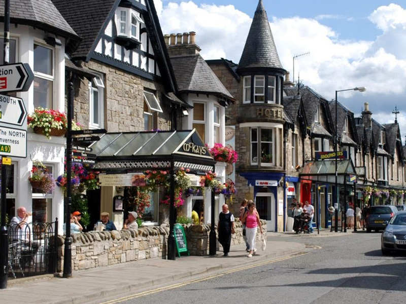 Pitlochry Town Center