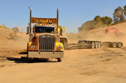 Oversize load truck contractor