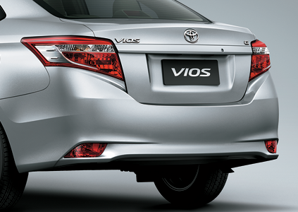 đuôi xe vios 2017
