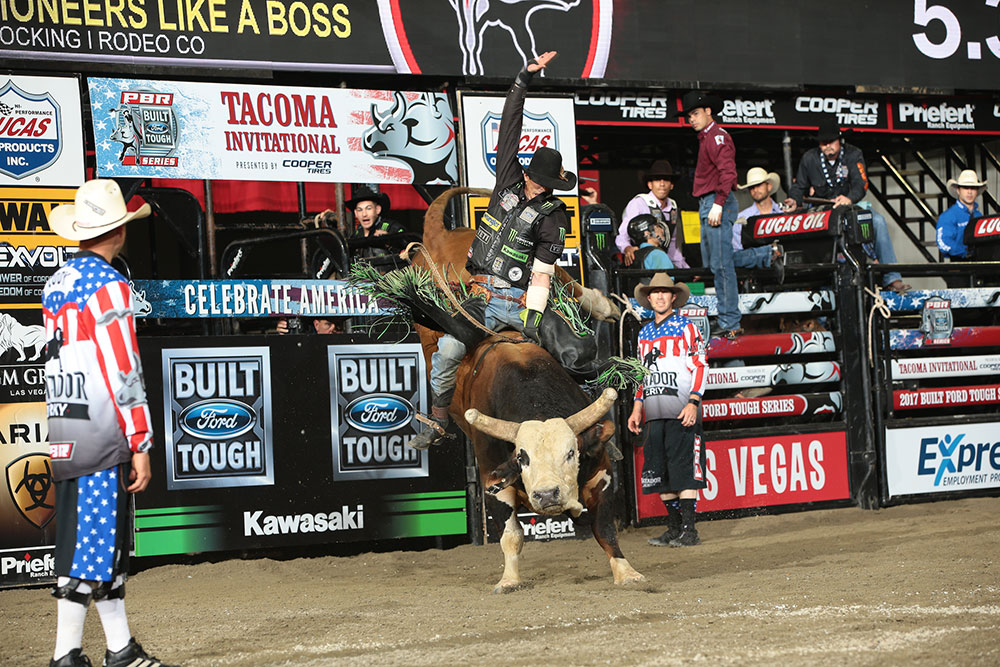 J.B. Mauney begins the stretch run to the World Finals 21-for-47 (44.68 percent) with one event victory (Billings, Montana) and eight top-10 finishes in 14 events.