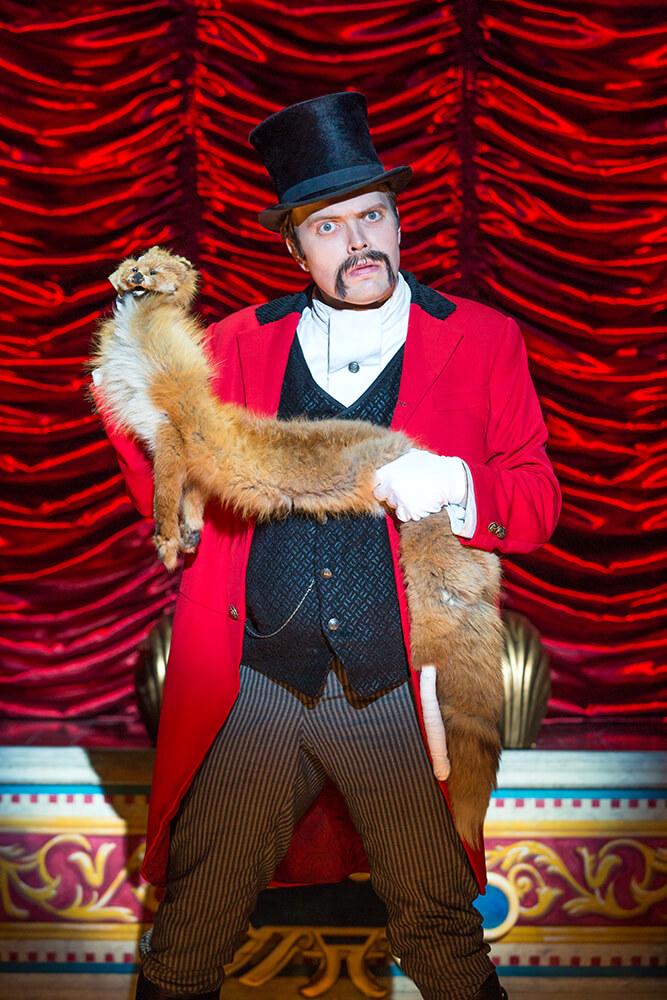 James Taylor Odom as Lord Adalbert D'Ysquith. (Photo: Jeremy Daniel)