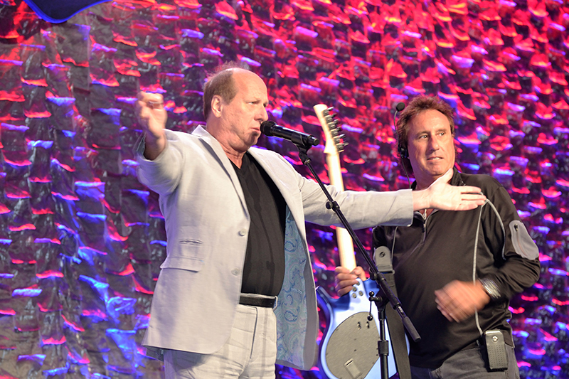 Stage manager Jeff Van Duyn came out to tell host Adrian Belew that the event was not, in fact, the Rock and Roll Hall of Fame induction ceremony.
