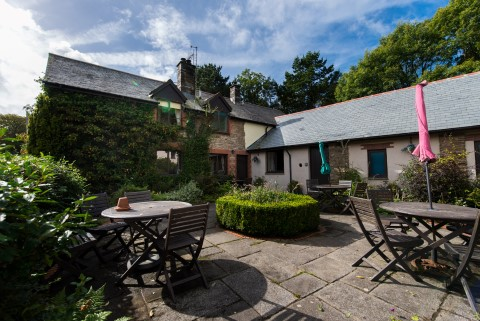 Hayloft holiday cottage in combe martin