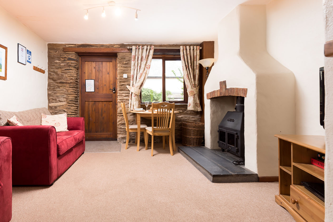 Hayloft living and dining area