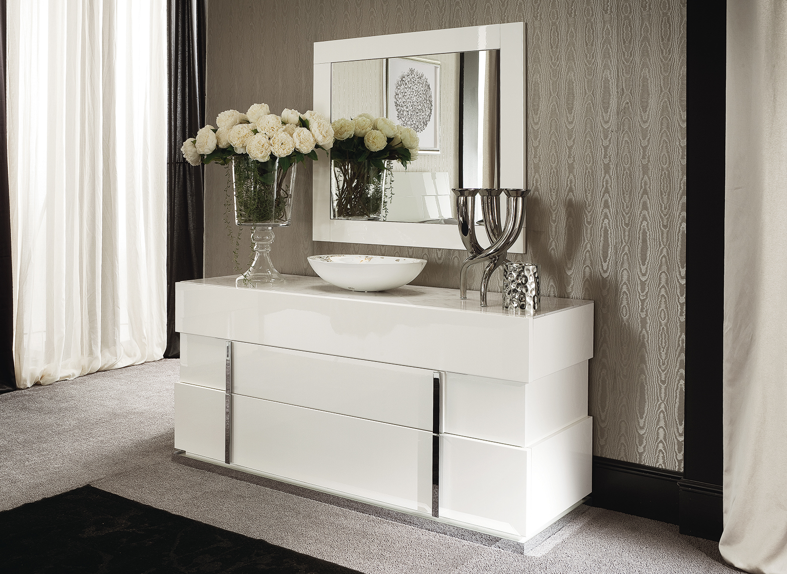 Canova Bedroom 3/DRW Dresser & Mirror