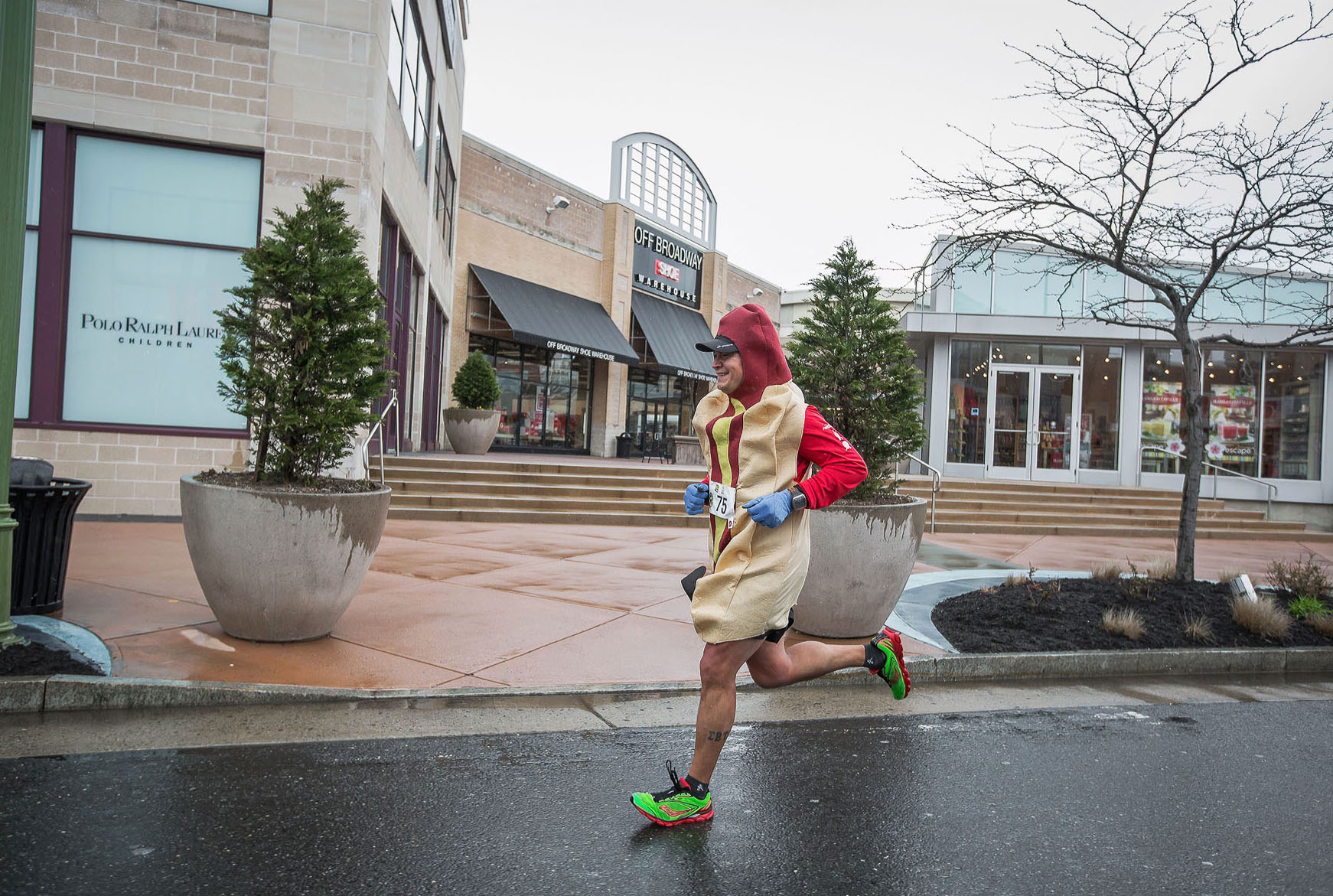 a runner weiner - Hops 2 Trot