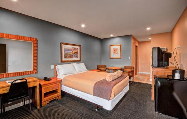 Dunes Inn Wilshire Single Bed 01