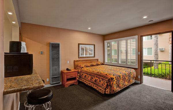 Dunes Inn Wilshire Single Bed 02