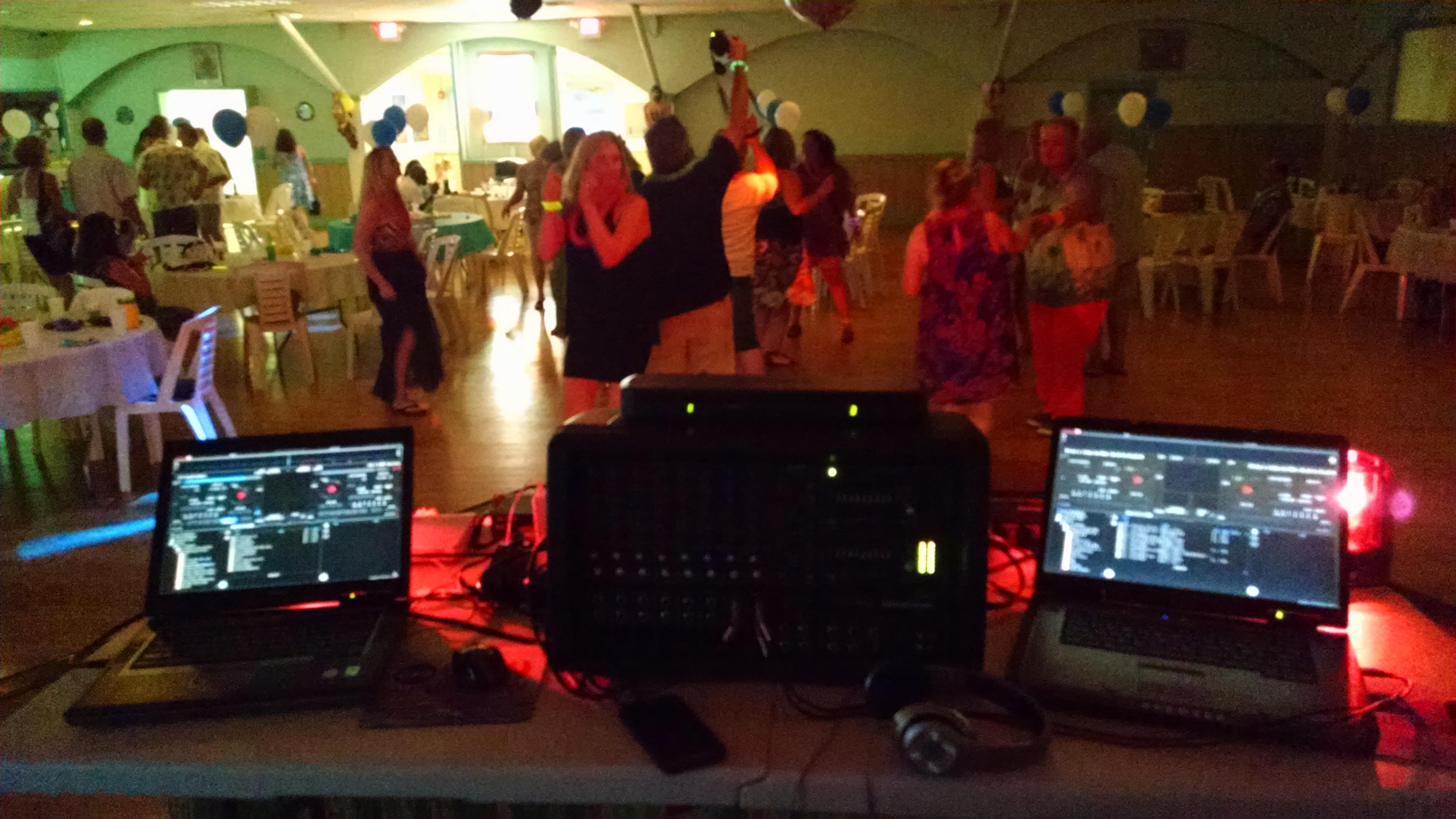 DJ in Stonington CT