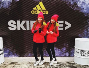 Близняшки на промо акции Adidas SkiBase