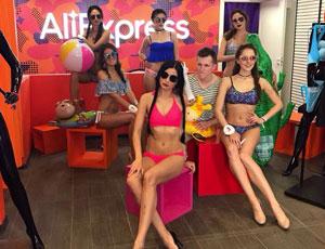 Показ купальников в магазине AliExpress