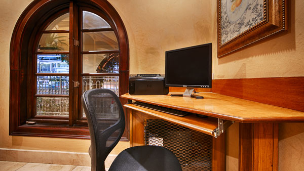 Best Western PLUS Sunset Plaza Office Space