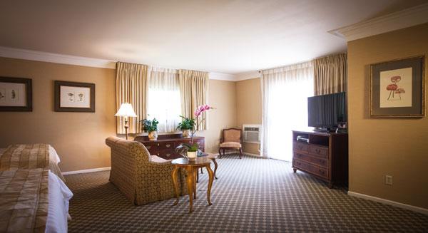 Best Western PLUS Sunset Plaza Balcony Suite Room on Sunset Blvd