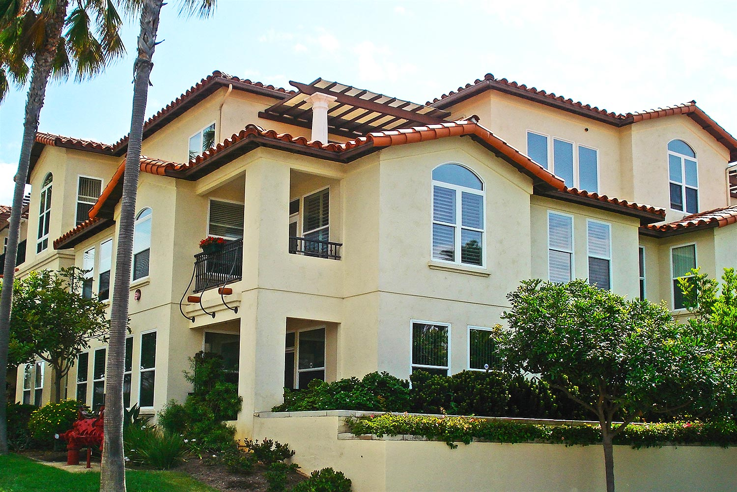 Carlsbad by the Sea building exterior