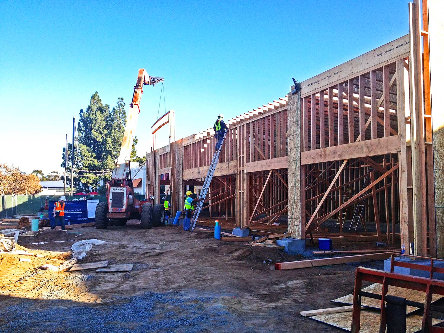 Construction of Five Guys Burgers and Fries