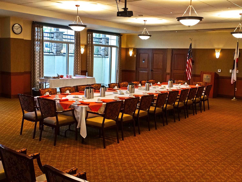 St. Paul's Plaza interior meeting room