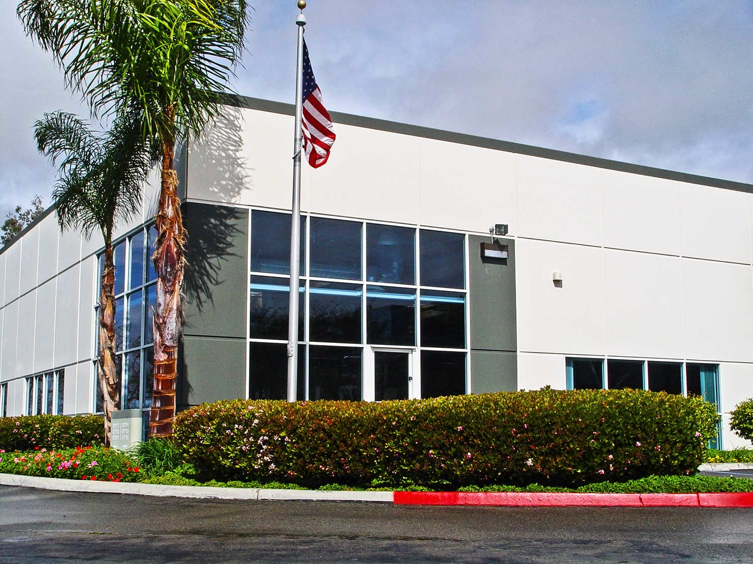 Exterior of commercial office building in Carlsbad