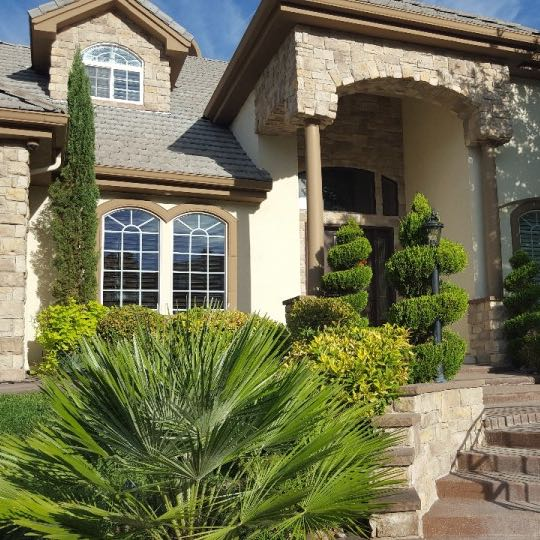 House in Las Vegas after window cleaning