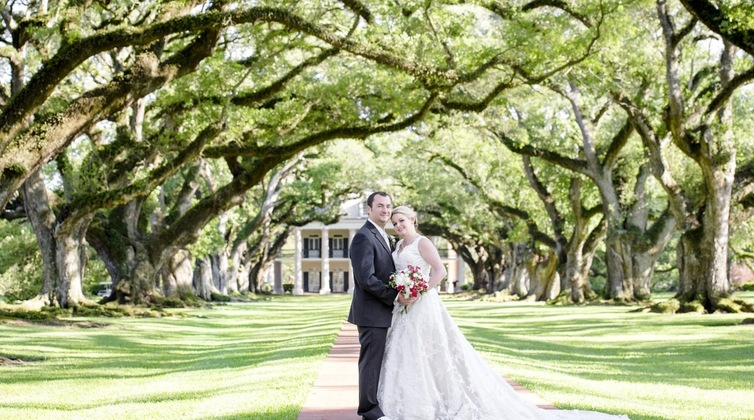 3 new orleans plantation wedding venues we love borrowed blue 3 new orleans plantation wedding venues we love junglespirit Choice Image