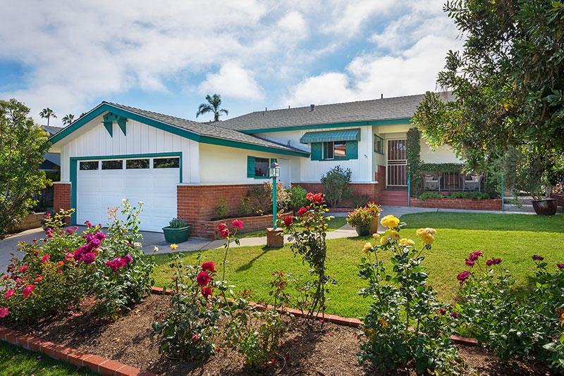 938 Tarento Dr. San Diego, CA 92106