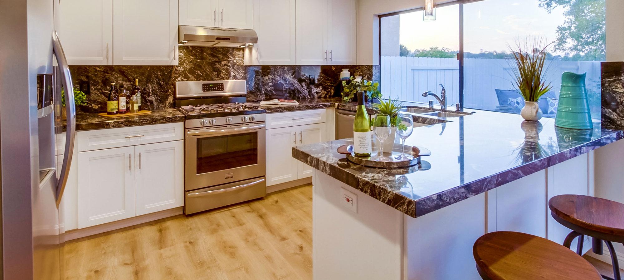 12750 Casa Avenida Poway, CA 92064