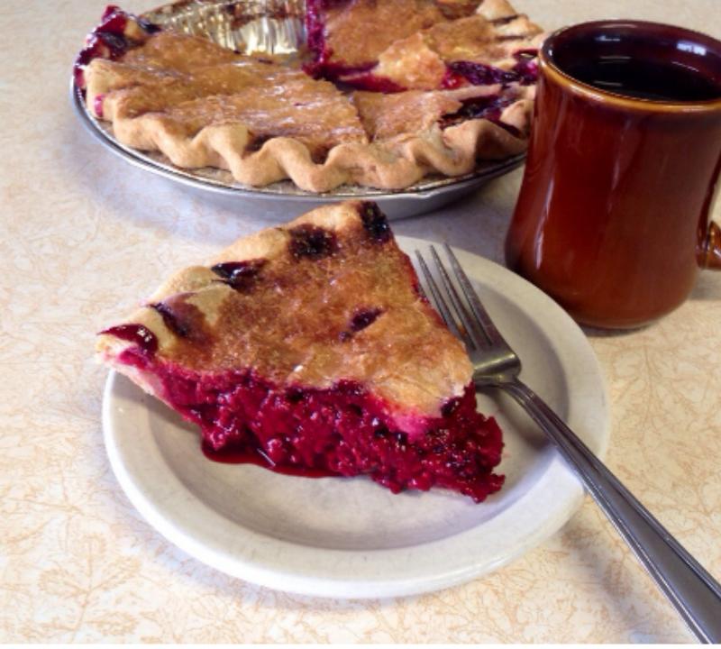 red raspberry pie